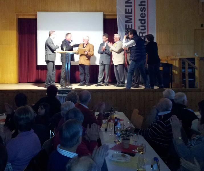 Horst Kunkler wird erster Ehrenbürger der Gemeinde Rüdesheim