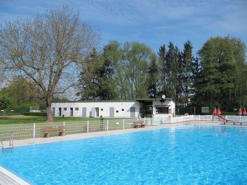 Schwimmbad r desheim bad kreuznach wohndesign for Wohndesign krefeld